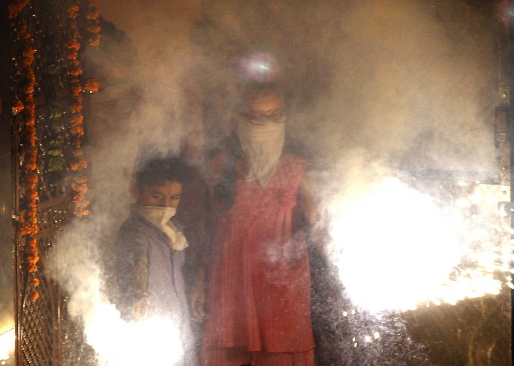 Check Air Pollution in Delhi After Diwali
